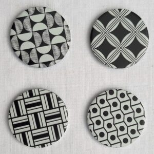 4 pattern weights in black and white geometric decoration